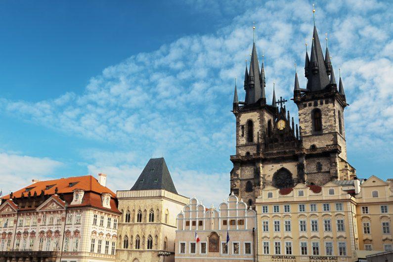 Prag'a gitmek için en uygun mevsim yaz ayları