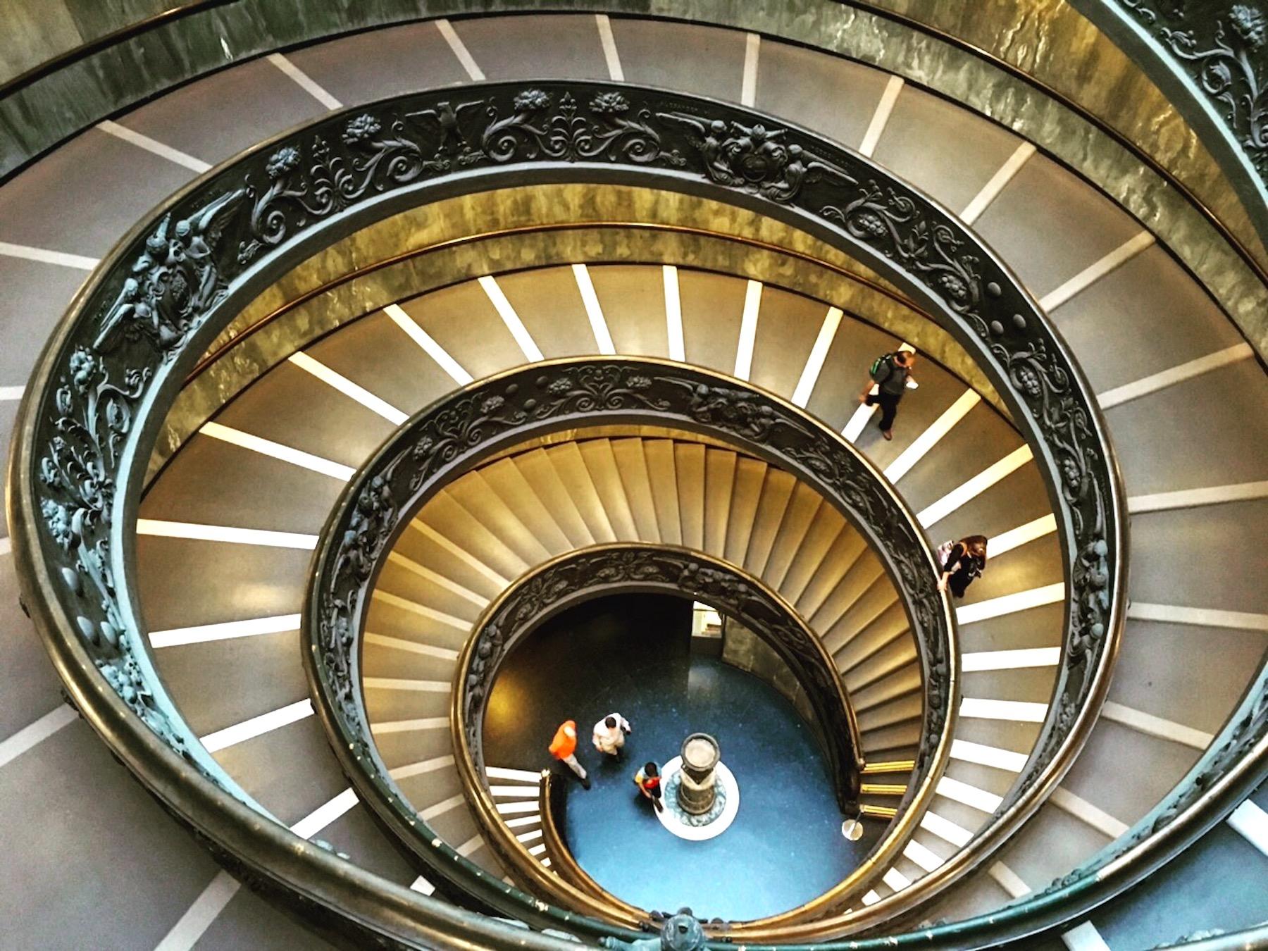vatikan spiral merdivenler