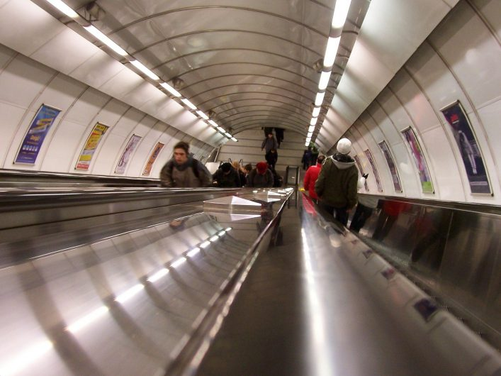 Prag'da metro ile dilediğiniz yere kolayca ulaşabilirsiniz