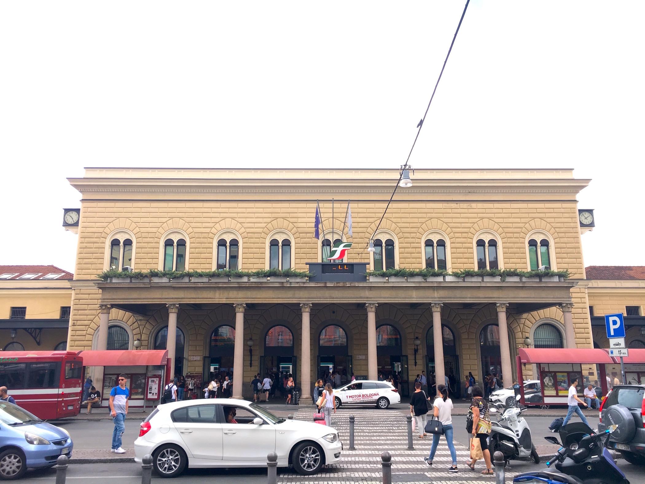 bologna tren istasyonu 1